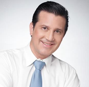 Dr . Javier Cossio - Cirujano Plástico